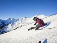 Skifahren im Skicircus Saalbach Hinterglemm Leogang Fieberbrunn.jpg